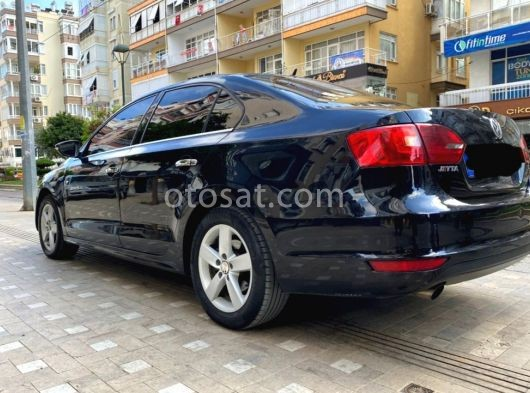2011 model yeni kasa Volkswagen jetta 1.6 TDI otomatik