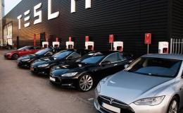 Tesla 2020'de robot-taksi ağını kullanıma sunmayı planlıyor